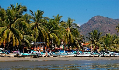La Ropa Beach, Zihuatanejo anchorage, Guerrero, Mexico