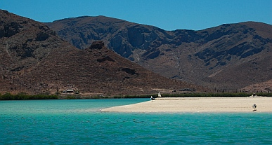 Lagoon entrance, Puerto Balandra (Playa Balandra) outside La Paz, Baja California Sur, Sea of Cortez, Mexico