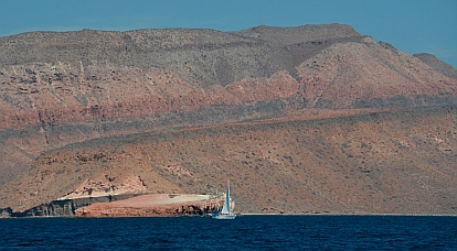 Dramatic cliffs at Isla Partida, Islas Espiritu Santos, BCS, Sea of Cortez, near La Paz, Mexico.