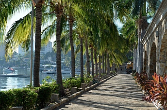 The pretty grounds of Acapulco Yacht Club (Club de Yates de Acapulco).