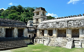 Palace courtyar, Palenque, Mexico