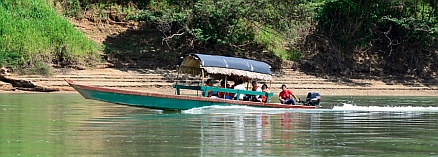 Yaxchilan & Bonampak Tour -We're faster than that croc, aren't we?
